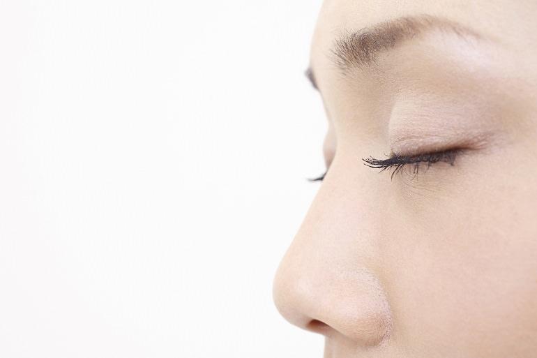 自然な形の隆鼻術